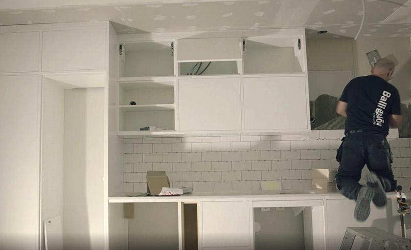 fridas kök byggs upp